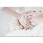頭皮マッサージは白髪防止や小顔に良い?マッサージャーのおすすめはどれ?