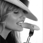 噛んだ時に出来た口内炎の治し方とは?頬の筋力低下を防ぐことも大事!