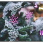 クリスマスリースを飾る意味とは?いつから取り付けると良い?