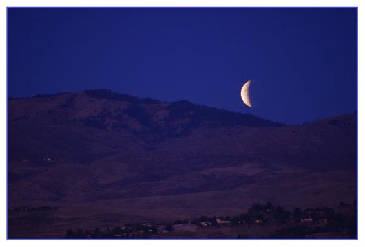 lunar-961655_1280