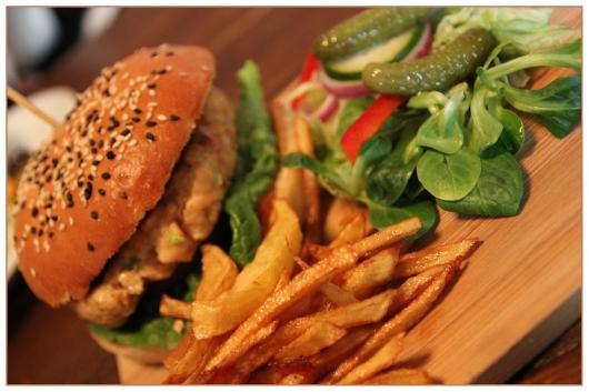 burger-874531_1920