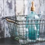 底や蓋も綺麗にする家にあるものを使った水筒の洗い方。イヤな臭いも防ぐ?