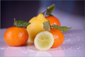 fruits-599478_1920
