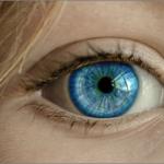 目の下のたるみの原因は筋肉の衰え・乾燥?解消エクササイズと治療法