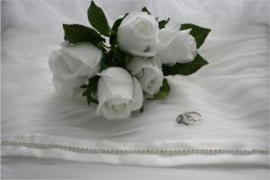 bouquet-425815_1920