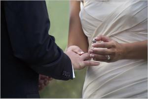 wedding-1368421_1280