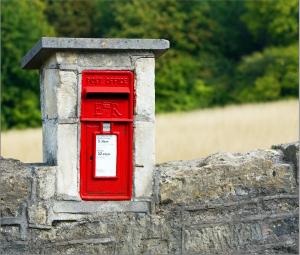 mailbox-1497635_1920