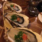 牡蠣で食中毒が起こる時期と潜伏期間は?予防には真水で洗うこと?