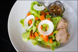 salad-1373503_1920
