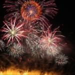スターマイン花火の意味や由来・種類とは?大きさと見る距離の目安