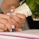 婚前契約書の内容と書き方とは?費用はどのくらい?法的効力はあるの?