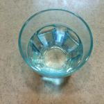 朝起きてすぐの水一杯を飲むと健康に良い?その効果と3つの飲み方